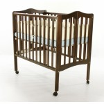 2 in 1 Lightweight Folding Portable Crib - Espresso